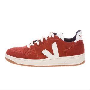 NEW Veja sneakers